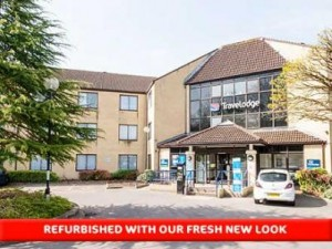 travel_lodge-Bath-Waterside-03